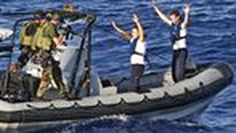 Schutz für Schiffe: Mit Wasserkanonen gegen Piraten-Panzerfäuste