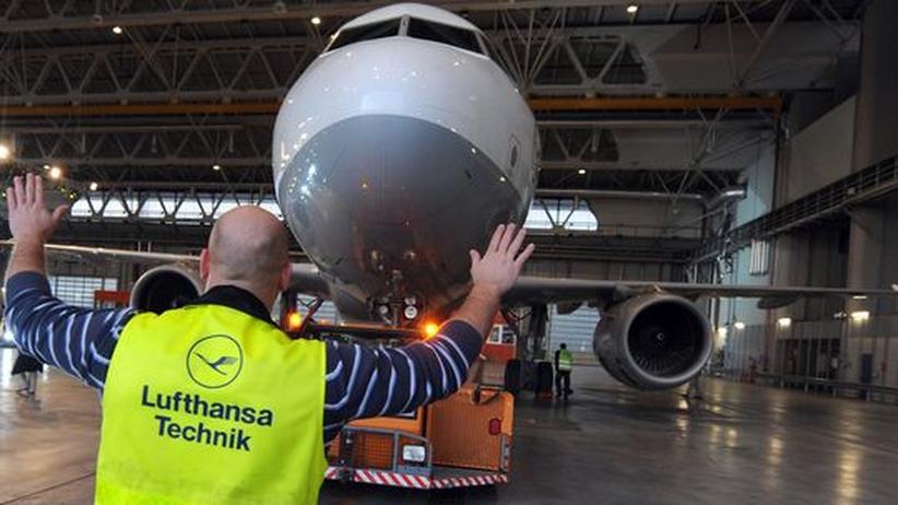 Lufthansa-Streik: Ramsauer fordert Piloten zur Mäßigung auf