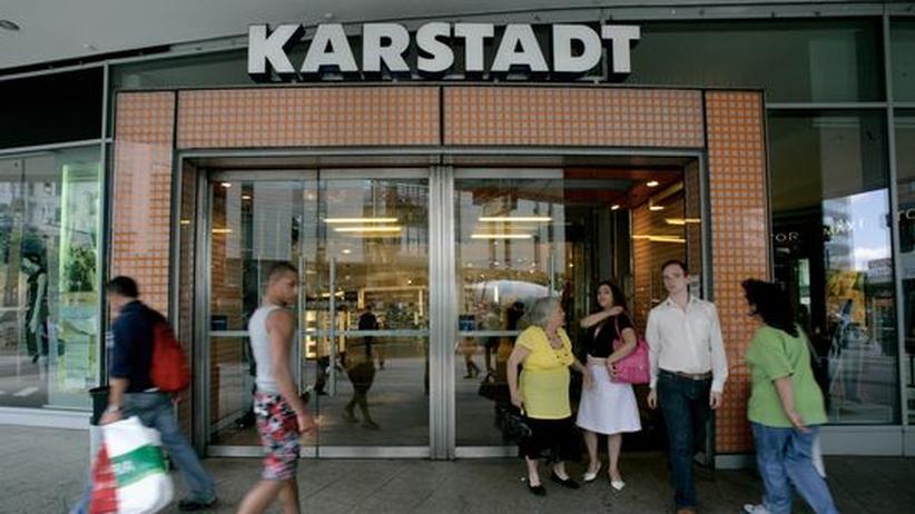 Noch immer hat sich Karstadt-Käufer Berggruen mit den Eigentümern der Warenhaus-Immobilien nicht geeinigt