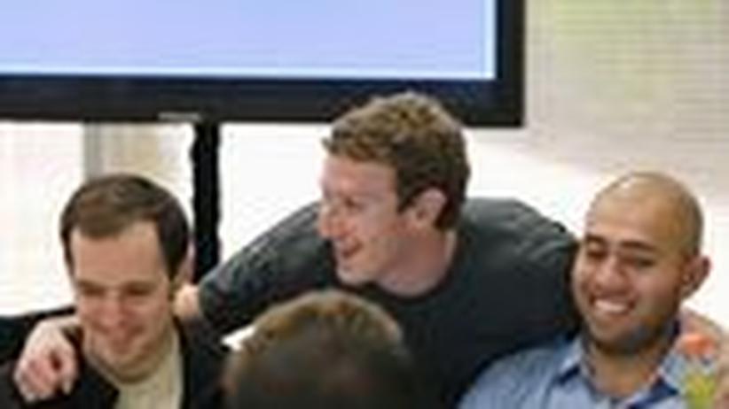 Facebook: Der fatale Weg zur allumfassenden Kommunikation