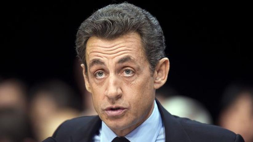 Der französische Präsident Nicolas Sarkozy müsste Steuererhöhungen durchsetzen, doch er hatte den Wählern versprochen, darauf zu verzichten