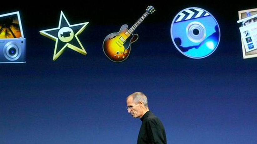 Steve Jobs auf einer Präsentation im Oktober