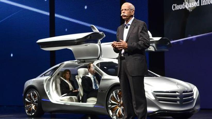 Autoindustrie: Mercedes beißt  zurück