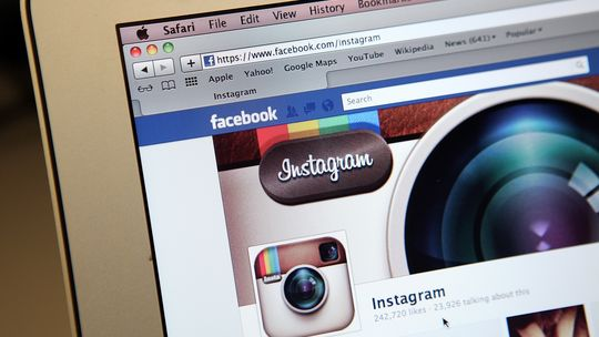 Die Fanseite von Instagram auf Facebook: Das soziale Netzwerk hat den Fotodienst nun gekauft.