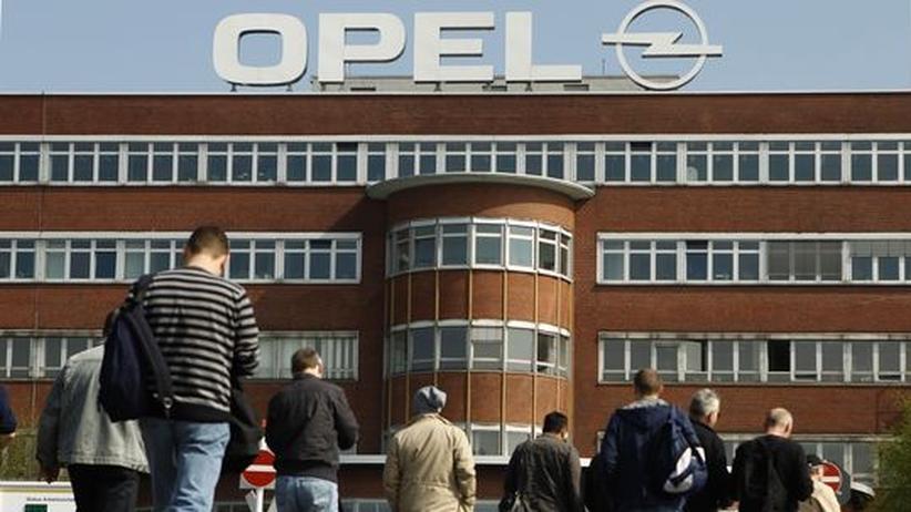 Autoindustrie: Opel-Mitarbeiter boykottieren Betriebsversammlung