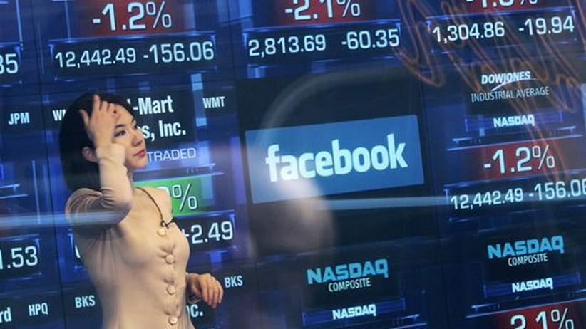 Soziales Netzwerk: Börse straft Facebook nach Bilanz ab