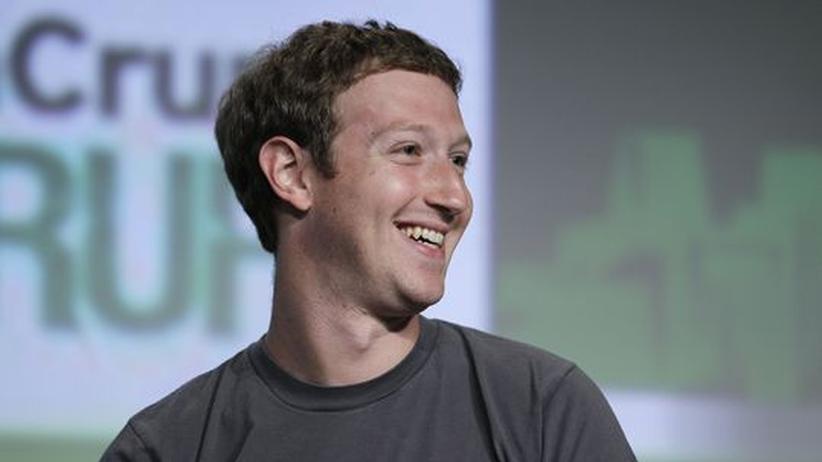 Facebook-App: Zuckerberg räumt Fehler ein