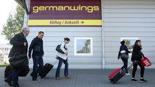 Passagiere am Flughafen Berlin-Schönefeld