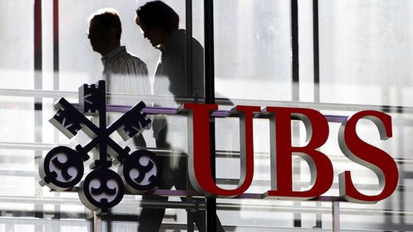 Banken: Tausenden von ihnen droht die Kündigung: UBS-Angestellte in Zürich