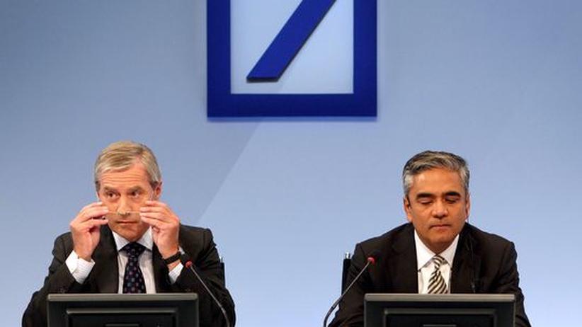Deutsche Bank: Ducken, schweigen, Reihen schließen