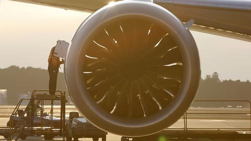 Flugzeugbauer: Boeing stoppt Auslieferung von Dreamliner-Jets