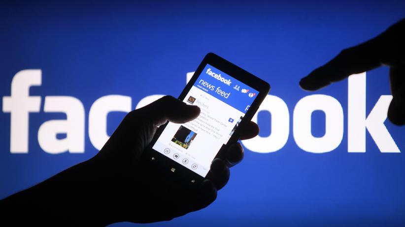 Soziales Netzwerk: Die Anzeigen in mobilen Apps bringen Facebook mittlerweile einen Großteil seines Umsatzes.