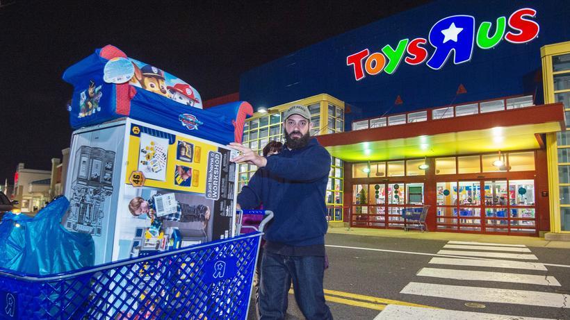 Spielzeugwaren Einkäufe Bei Toys R Us Am