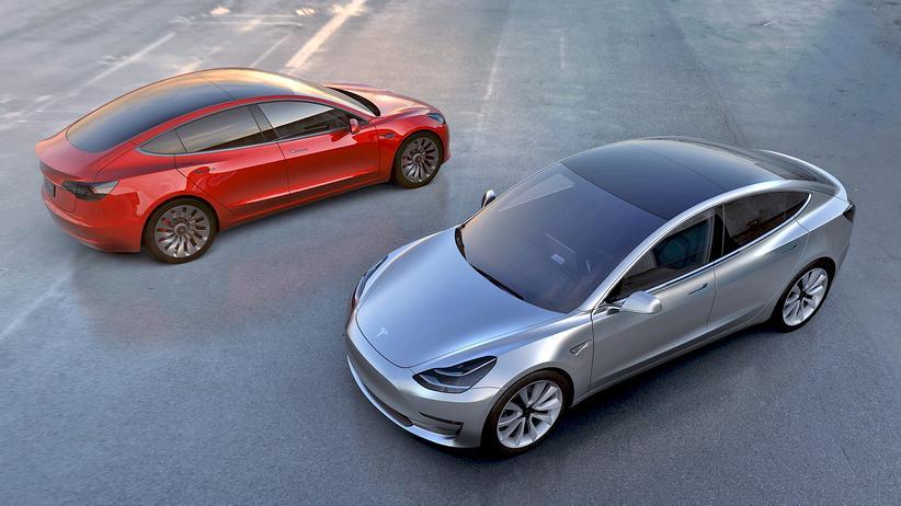 Elektroautos: Tesla schafft die Produktion nicht