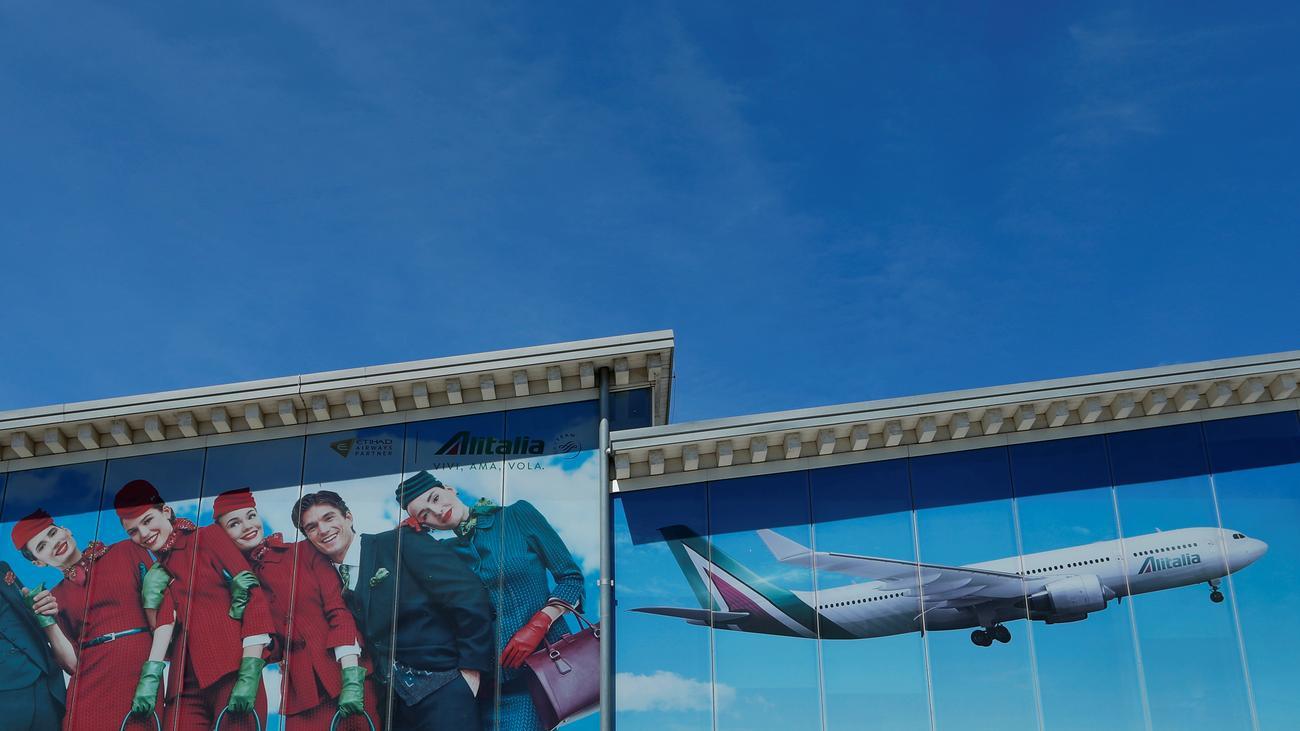 Fluglinie Verkauf Von Alitalia Zieht Sich Hin Zeit Online