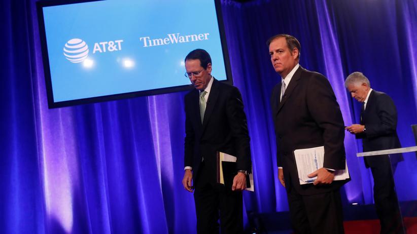 Kartellrecht: US-Regierung will gegen Fusion von AT&T und Time Warner klagen
