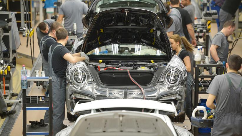 Abgasskandal: Produktion des Porsche 911 in Stuttgart