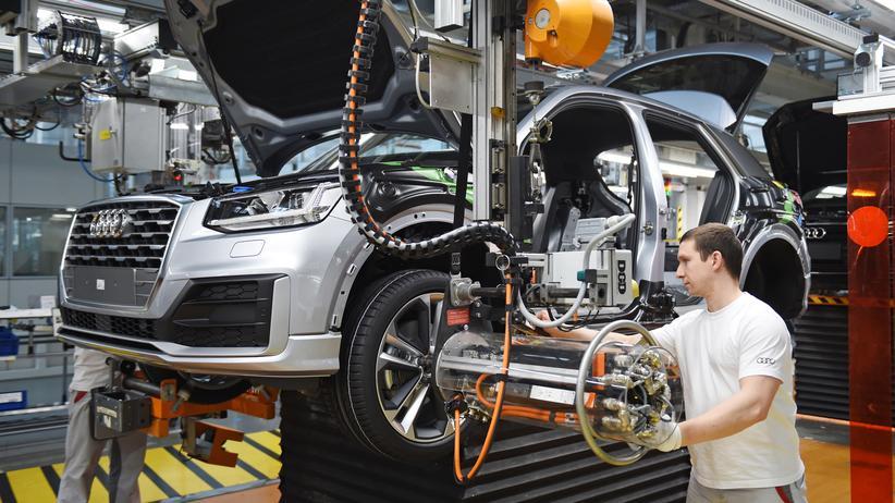 Abgasaffäre: Montage in dem Audi-Werk in Ingolstadt