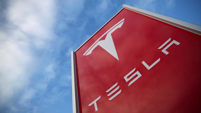 Elon Musk: Tesla hatte bereits im Mai eine Umstrukturierung des Unternehmens angekündigt.