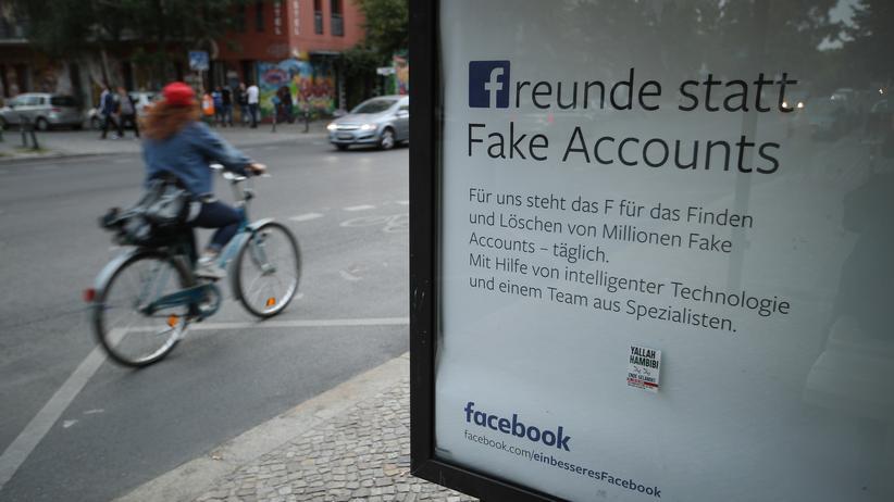 Soziales Netzwerk: Facebook verliert weitere Million Nutzer in Europa