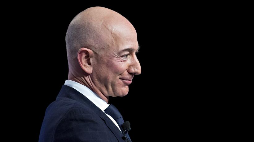 Jeff Bezos Amazon Ist Die Neue Nummer Eins Zeit Online