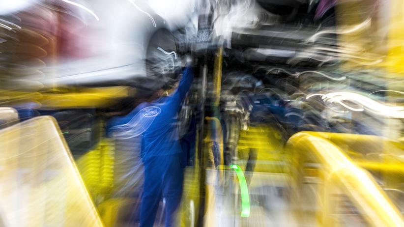 Stellenabbau: Ford-Mitarbeiter in einem Werk des US-Autobauers nahe Valencia, Spanien
