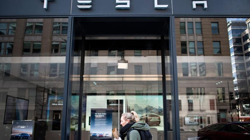 Elektroautos: Tesla kündigt Preiserhöhungen von rund drei Prozent an