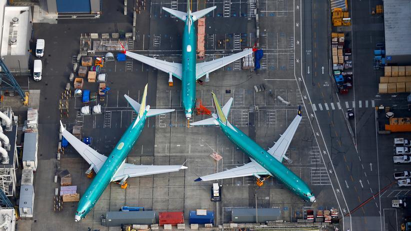 Boeing 737 Max 8: Die 737-Max-Modelle, hier im Boeing-Werk im Staat Washington, müssen noch länger als erwartet am Boden bleiben.