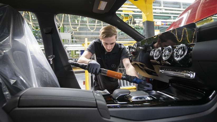 Autobauer: Daimler will künftig freiwerdende Stellen nicht nachbesetzen