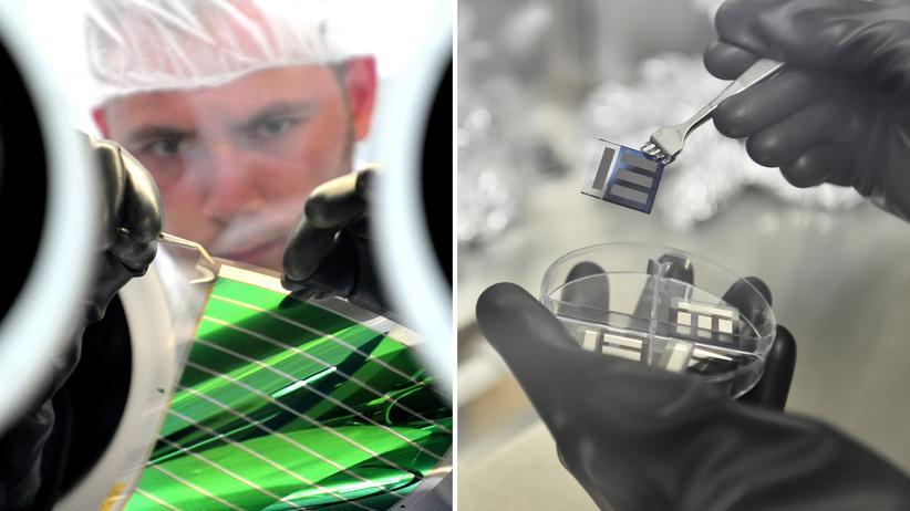 Solarzellen: Im Labor bei Heliathek: Ein Mitarbeiter entfernt ein Solarmodul vom Trägerglas.