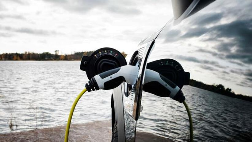 """Elektromobilität: """"Selbst bei hohen Strompreisen spart ein Elektroauto Geld"""""""