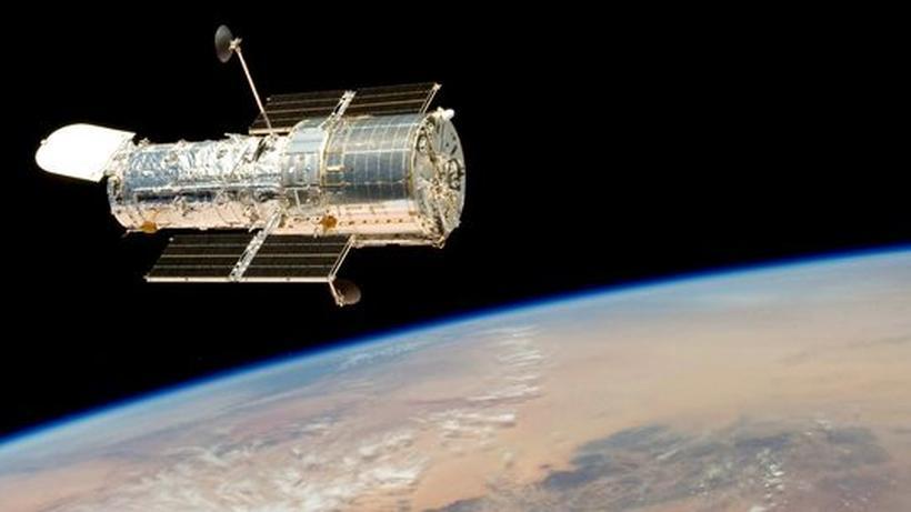Hubble teleskop gelingt aufnahme von superfernem galaxienhaufen