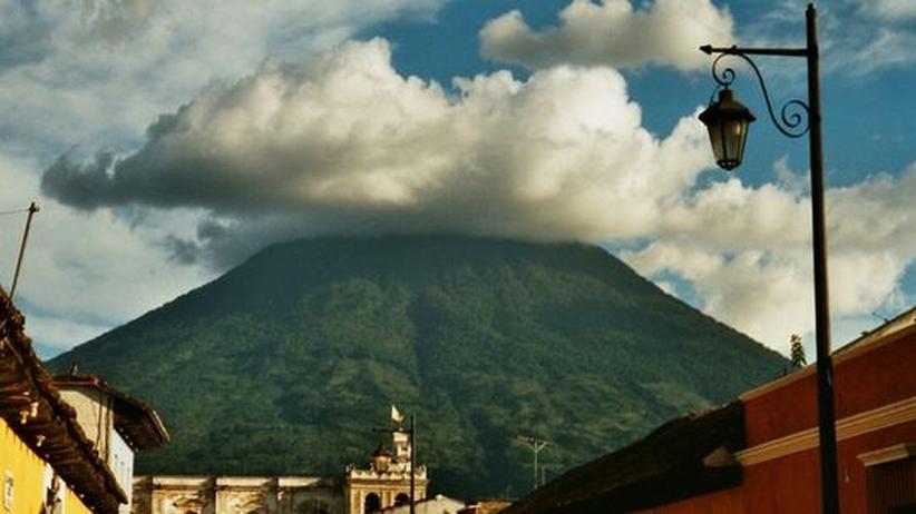 Vulkan Ausbruch Stadt