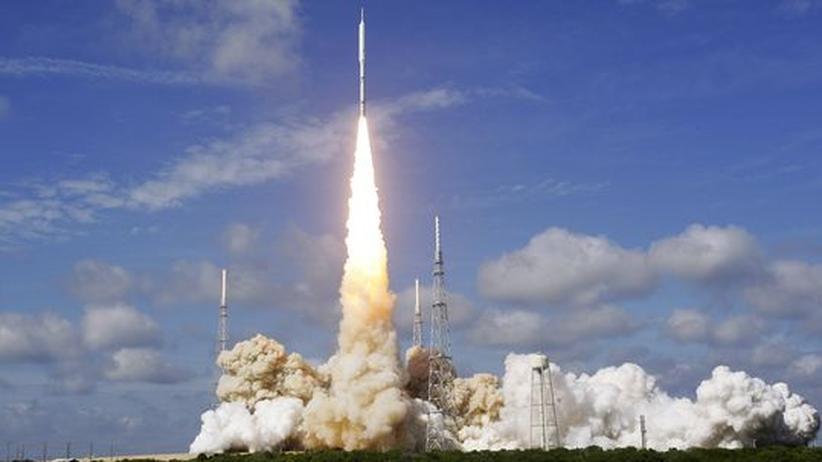 Amerikanische Raumfahrt: Erster und letzter Schritt des Constellation-Programms der US-Weltraumbehörde Nasa: Am 28. Oktober 2009 hob die Ares I-Rakete in Cape Canaveral ab. Astronauten wird sie wohl nie ins All transportieren