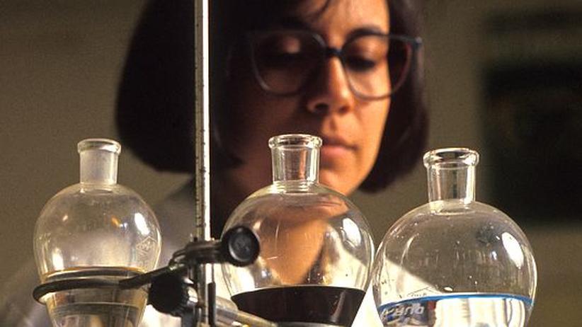 Pro & Contra: Brauchen wir eine Frauenquote in der Forschung?