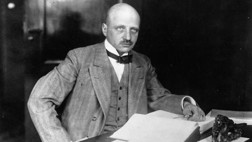 Wirtschaftsgeschichte: Chemie-Nobelpreisträger Fritz Haber im November 1919