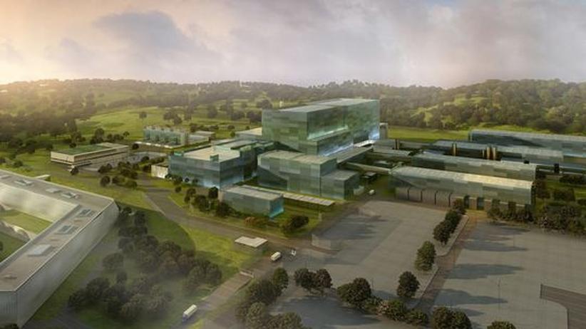 Alternative Energien: Modell des Forschungsreaktors Iter in Cadarache, Südfrankreich