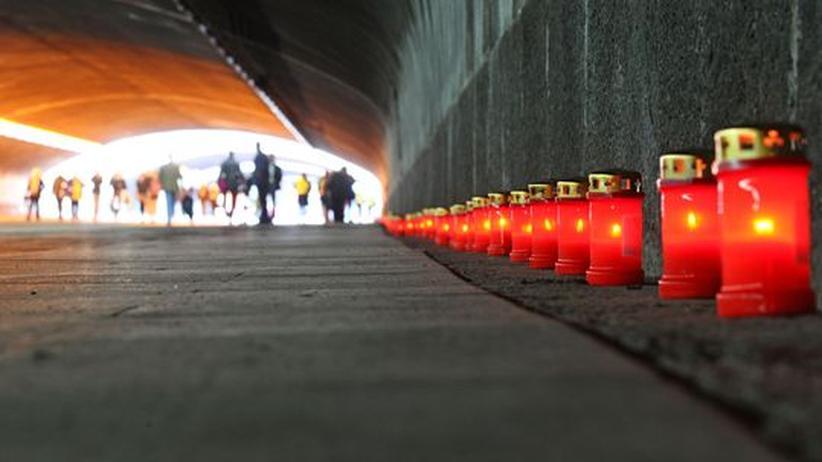"""Unglück in Duisburg: """"Auf der Loveparade wurden Warnzeichen nicht erkannt"""""""