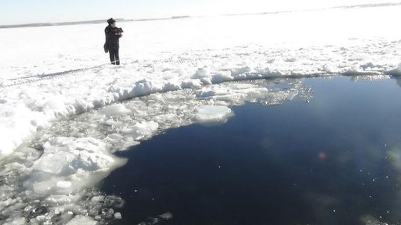 Russland: Taucher suchen nach Überresten des Meteoriten