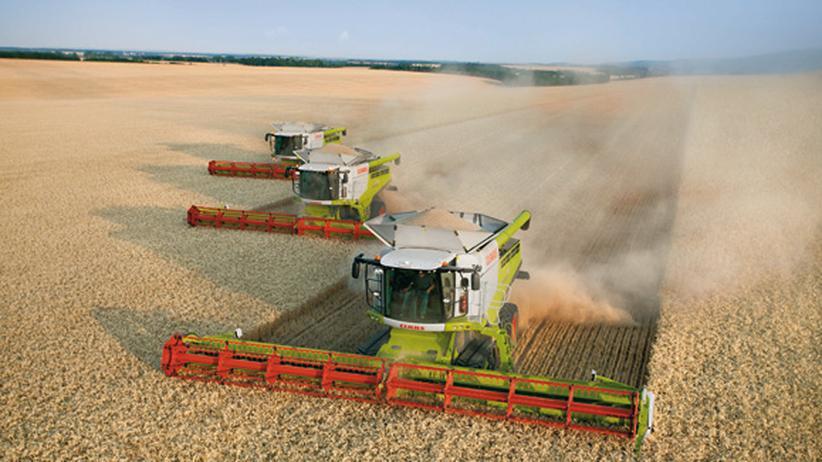 Landwirtschaft: Der Mähdrescher misst kontinuierlich die Ernteleistung – die daraus errechnete virtuelle Karte zeigt, wo Dünger gefehlt hat.