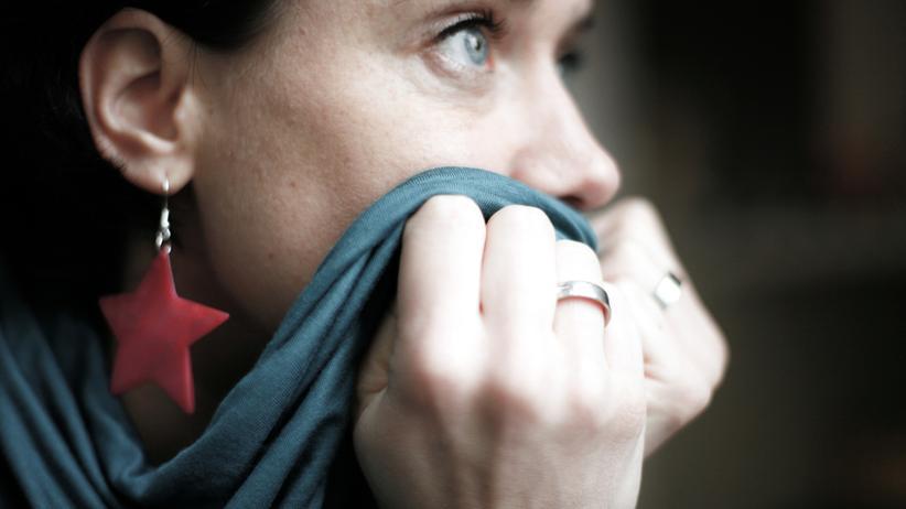 Lebenskrise: Wer in einer Krise steckt, braucht nicht gleich eine Therapie. Schon eine psychologische Beratung kann helfen.