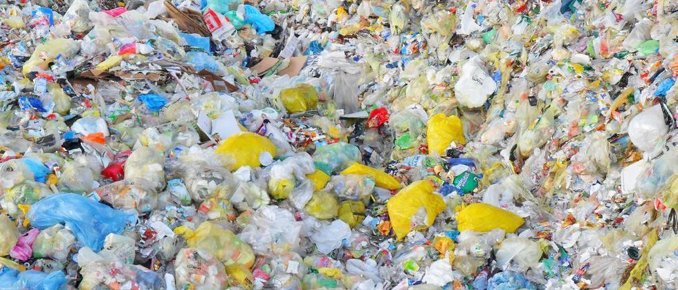 Bioplastik: Streit um die Kompost-Tüte