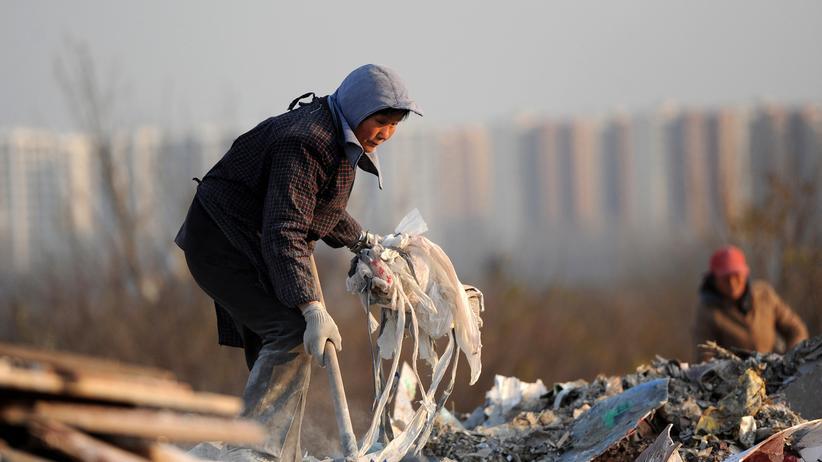 Nachhaltigkeit: Der Reichtum ist in China noch sehr ungleich verteilt. Er wird vor allem von den Wanderarbeitern erwirtschaftet, kommt bei ihnen aber nicht an.