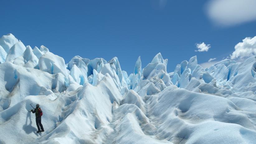 Sonnenenergie: Empfängt der Nordpol im Sommer mehr Energie als der Äquator?