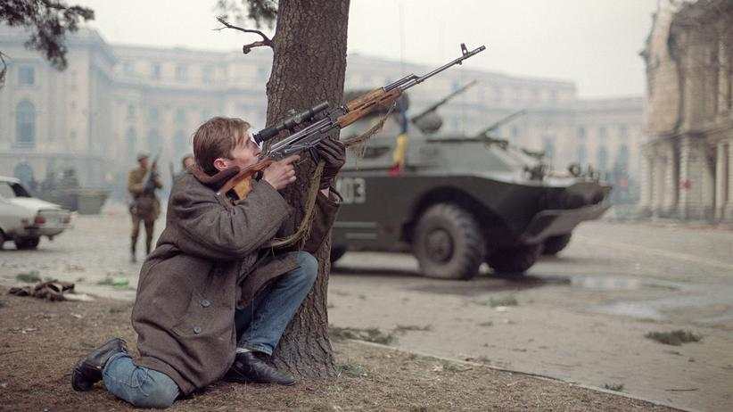 Bukarest: Als der Diktator aufs Dach floh