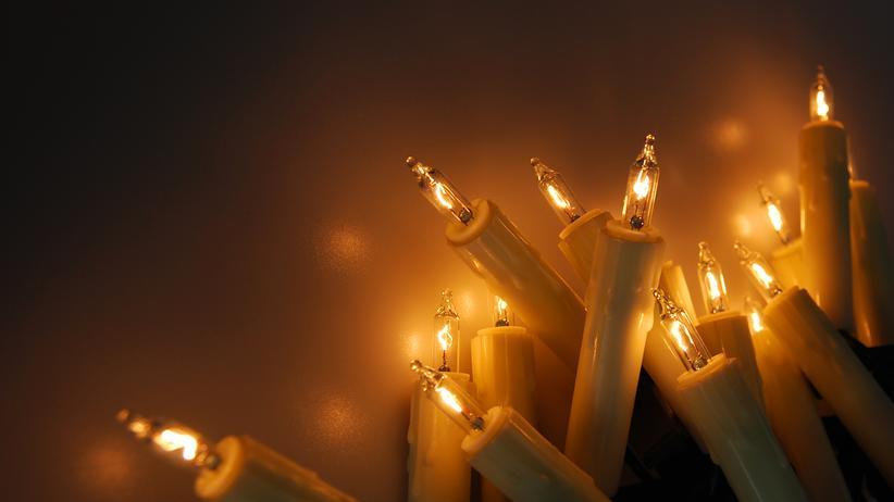 Advent: Lichterkette verknotet? Jetzt hilft Mathematik.