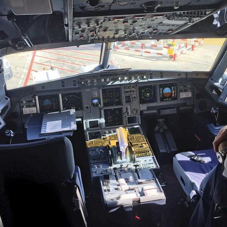 Flugzeugabsturz: Niemand weiß, was im Kopf des Copiloten vorging