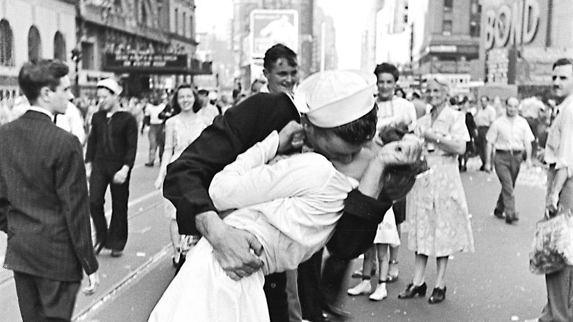 Times-Square-Foto: Um zehn vor irgendwas wurde geknutscht