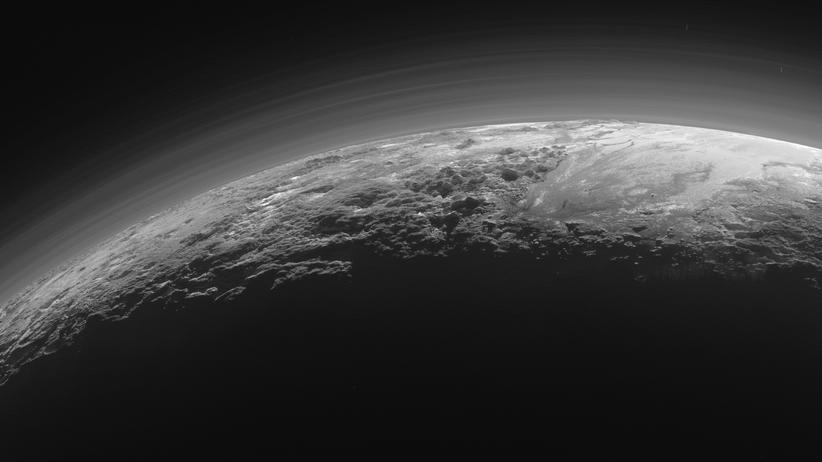 New Horizon: Pluto, Bilder der Oberfläche