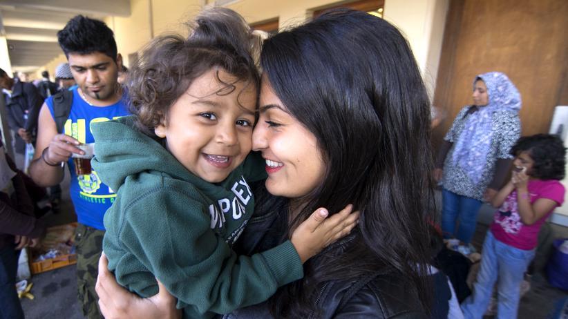 Empathie Flüchtlinge Frau Kind